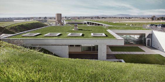 Complexo Habitacional Hausmannstaetten  / Dietger Wissounig Architekten