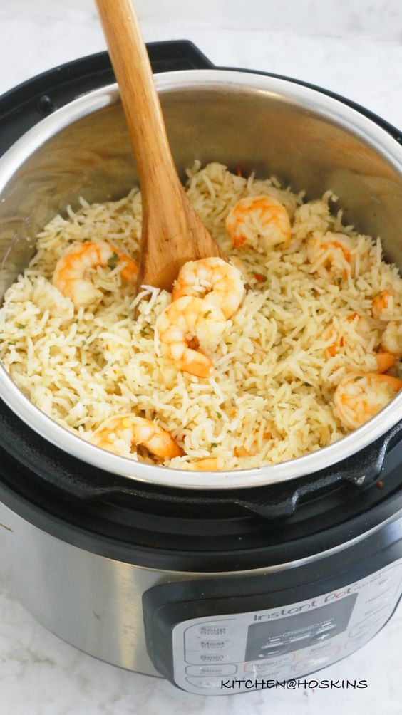 Garlic Butter Shrimp and Rice in Instant Pot