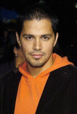 Jay Hernandez