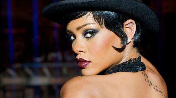 """#Rihanna é Bubble no longa """"#Valerian e a Cidade dos Mil Planetas""""."""