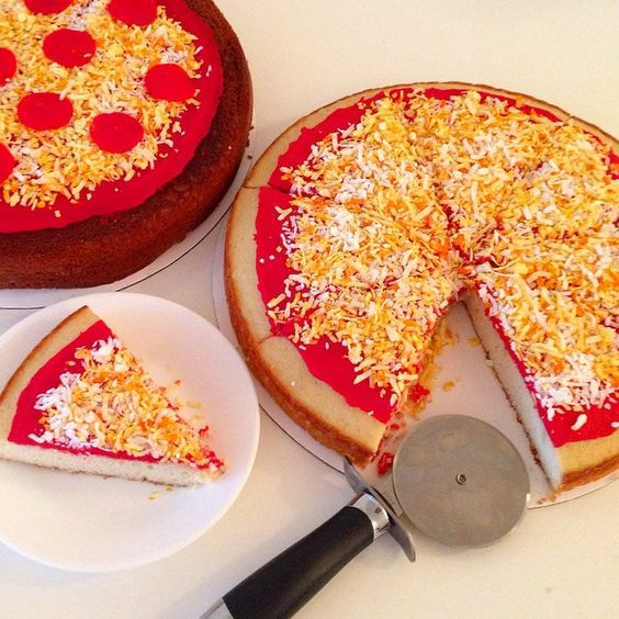 """this cheese won't burn the roof of your mouth#nationalcheesepizzaday #cakeclique #pizzacake #cheese"""