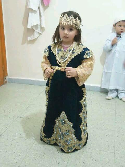 Algerian Little Girl Beautiful Outfits Traditional Fashion Fashion