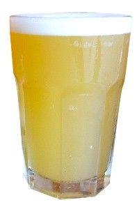 Cerveja Ossanha II Witbier, estilo Witbier, produzida por Cervejaria Nacional, Brasil. 4.2% ABV de álcool.