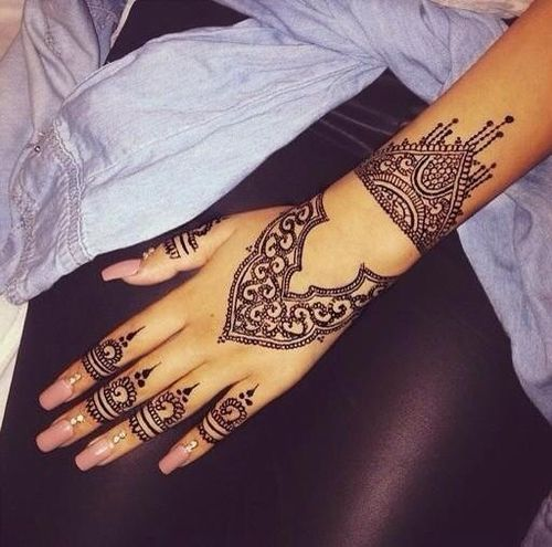 Mehndi Patterns We Heart It : Henna we and tattoos on pinterest