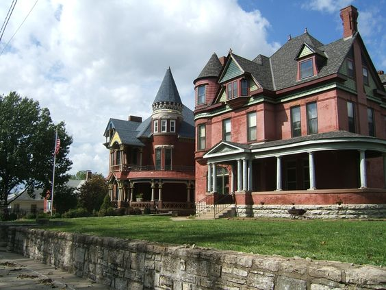 Victorians in Old NE Kansas City