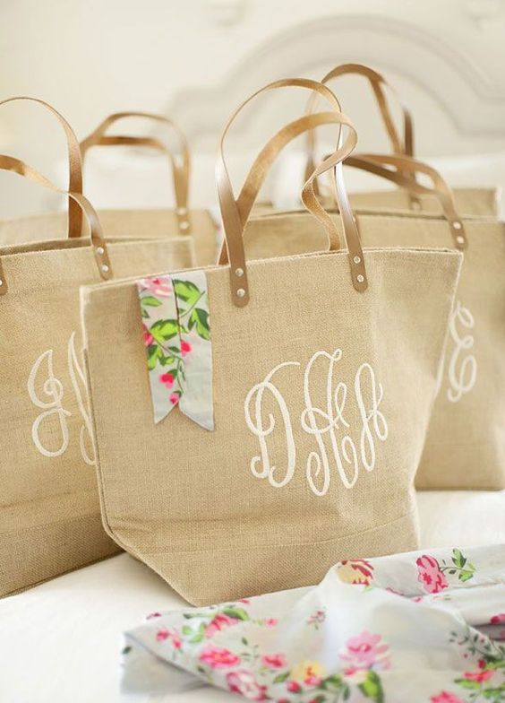 Every girl needs a good tote! After all bridesmaids have a lot to lug around the day of the wedding! Plus, it can be used as a beach bag and a travel bag ever after! Bridesmaid Gift Ideas