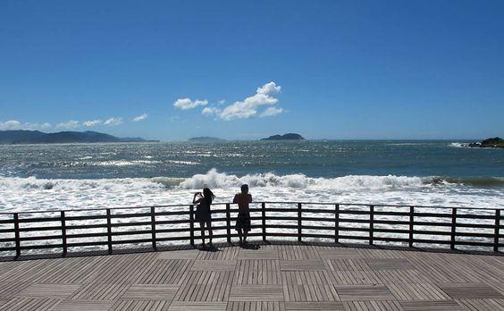 Lado sul de Florianópolis tem natureza preservada e menos agito que o norte