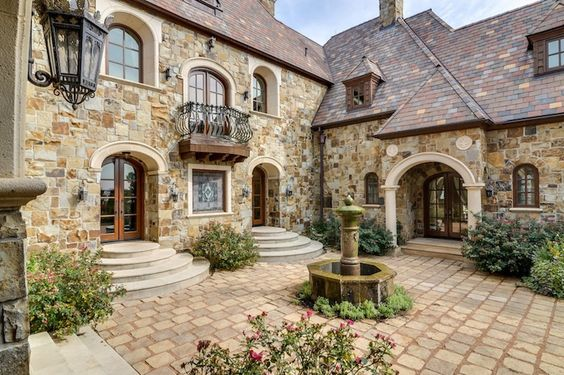 Majestic french ch teau in texas 7 dreeeeeeam house for French country courtyard