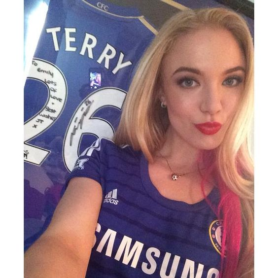 Girls And Chelsea