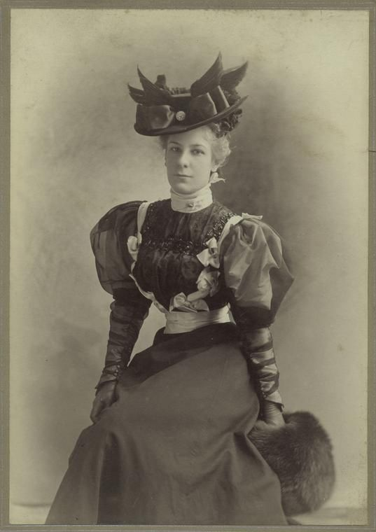+~+~ Antique Photograph ~+~+ Elegant woman in a fashionable dress, hat and muff. c. 1890: