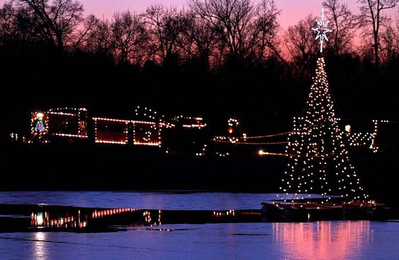 24 best ideas about Country Christmas Train on Pinterest | Parks ...