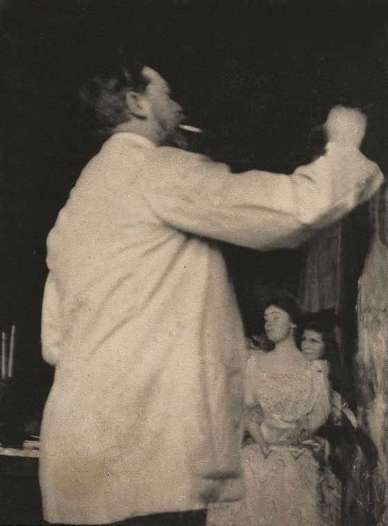 Sargent painting Mrs. Fiske Warren and her Daughter.