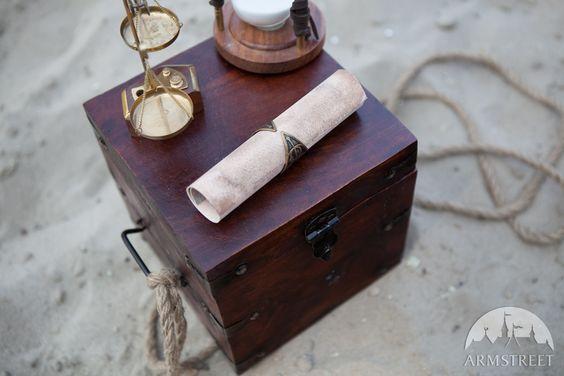 "Manuscript Fantasy Ring ""The Alchemist's daughter"""