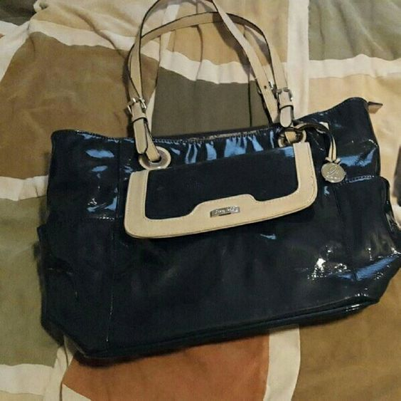 Grace Adele Purse set Blue Grace  Adele  purse set.  Purse, Wallet, and Clutch. Wallet and Cluth brand new and never been used.  Purse used once for very short time. From a Smoke Free home.  Nice looking inside grace adele Bags Totes