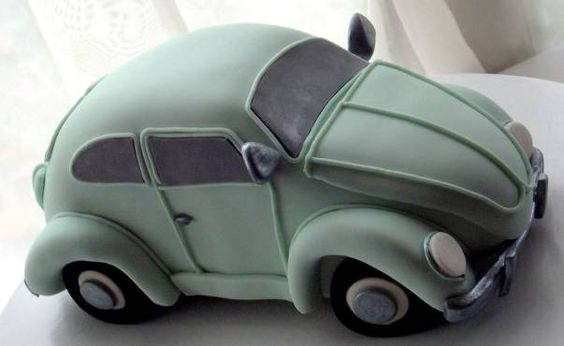 Cake Decorating Classes for all levels small classes based in Hampshire - Classic Beetle