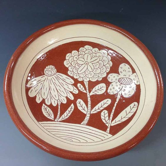 Medium Bowl with Three Flowers di RonPhilbeckPottery su Etsy, $48.00