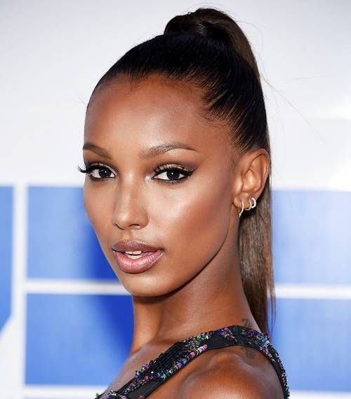 Models Share 7 Ways To Take Care Of Your Skin Byrdie Beauty Skin Care Women Dry Skin Care