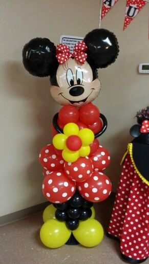 Minnie mouse balloon sculpture minnie mouse party for Balloon decoration minnie mouse
