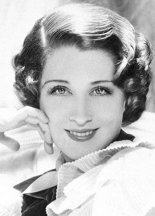 Norma Shearer (1902-1983) She went from silent films to talking pictures and took Hollywood by storm. Wonderful Canadian-born American actress. I like the way they did her makeup to make her eyes look larger.