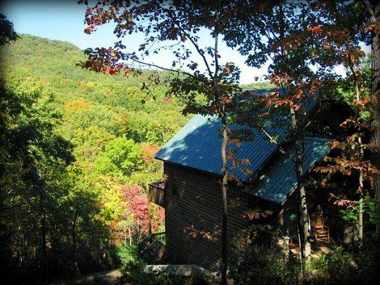 Big Sky Luxury Couples Cabin Rental In The North Georgia
