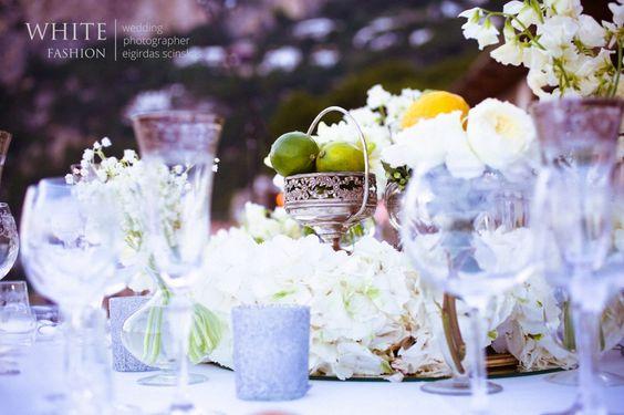 www.whitefashionphotographer.com {wedding photographer Italy} {wedding in Italy} {wedding in Capri} {wedding decor} {la canzone del mare}