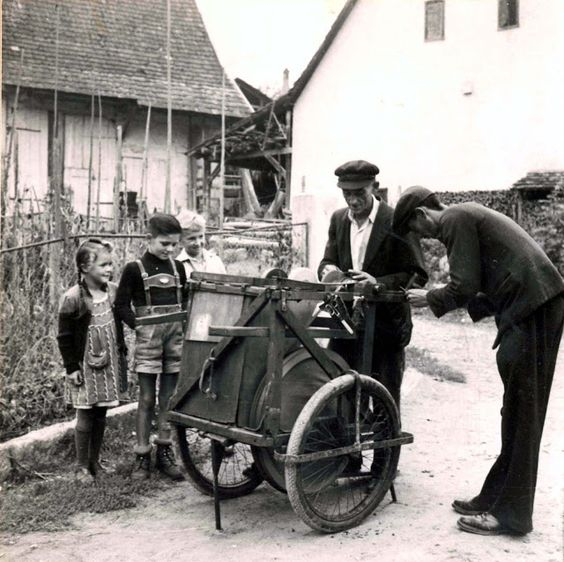 Sherenschleifer  1960's  An Old World Jenische profession.   BILDERTANZ: 02/01/2013 - 03/01/2013: