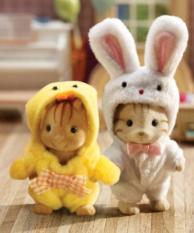 OMG, cannot wait to buy these Calico Critters for Emma some day...hopefully she loves them as much as I do!