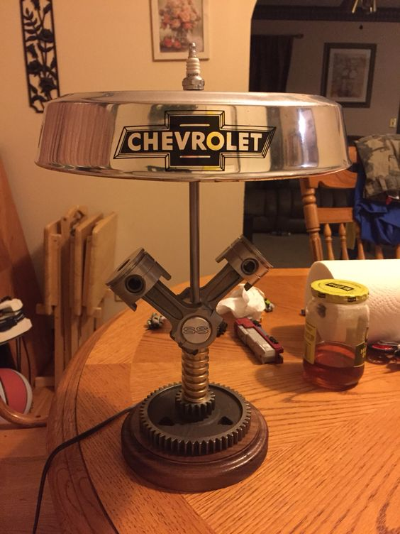 Chevy piston lamp
