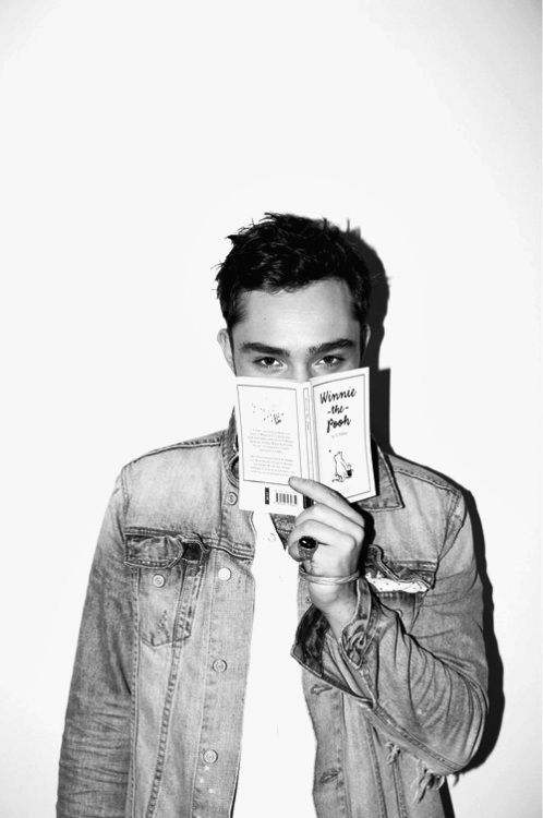 Ed Westwick reading Winnie the Pooh!! My life is complete! :) I think in in LOVE!