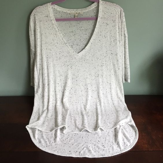 EUC Express One Eleven Small T It's just too low cut for me. I'm small chested. I bought it to wear with leggings and it's the longer in the back style. Wore once Express Tops Tees - Short Sleeve