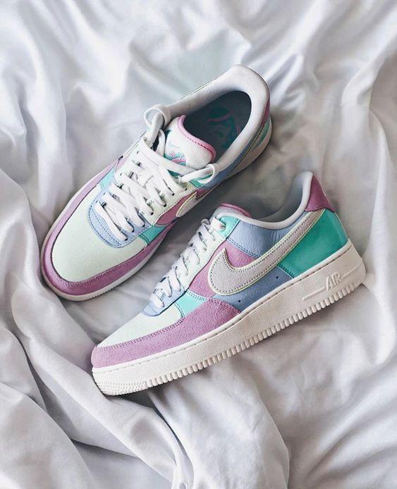 Lidiar con Lima Trampas  Pin de poetas en el espacio en Moda   Zapatos nike mujer, Modelos de  zapatos nike, Zapatos nike para damas