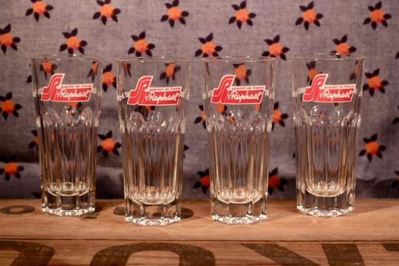 Vintage  4 glasses advertising  St Raphaël