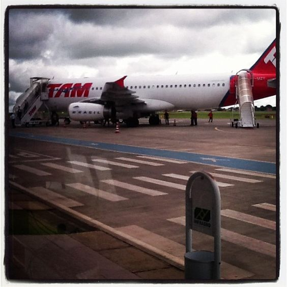 Aeroporto de Uberlândia / Ten-Cel. Aviador César Bombonato (UDI) em Uberlândia, MG