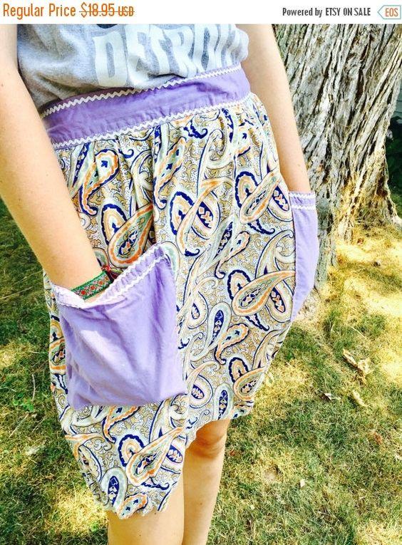 ON SALE TODAY Vintage Apron Cotton Paisley purple  pocket Apron Cotton with big pockets mid century