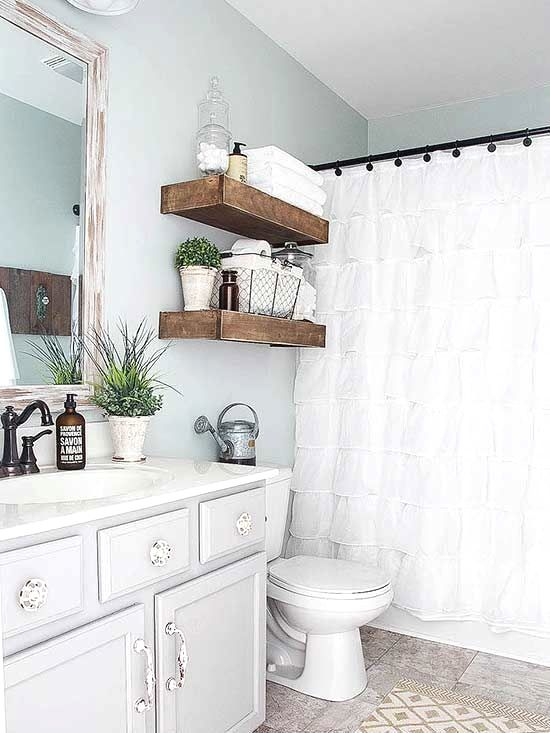 If You Want To Make Over Or Remodel Your Bathroom Look To These Cheap Ideas That Will Totally Tra Diy Bathroom Decor Bathroom Makeover Bathrooms Remodel