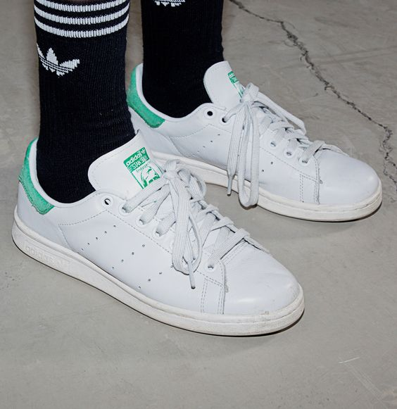 stan smith adidas black with models