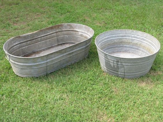 Large galvanized tubs for ice, drinks, etc.!