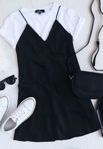 Dá para combinar vestido e camiseta, sabia? Veja como entrar na onda da sobreposição | Virgula
