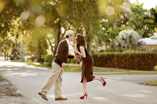 Old Hollywood Glamour Engagement Session-08
