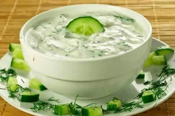 Cucumber Sauce With Herbs And Garlic Recipe - http://easy-lunch-recipes.com/cucumber-sauce-with-herbs-and-garlic-recipe/