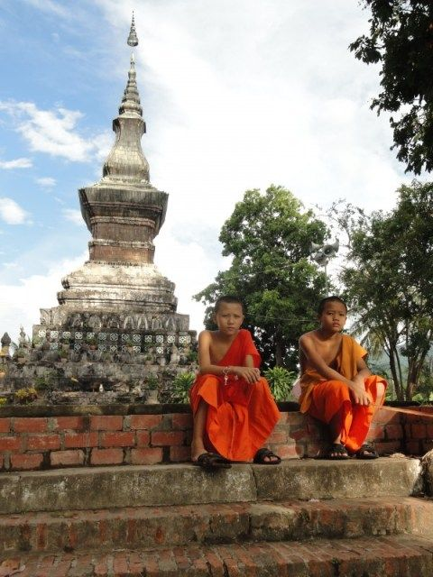 Young monks lookin' cool #Laos #Asia want to practice meditation with them!