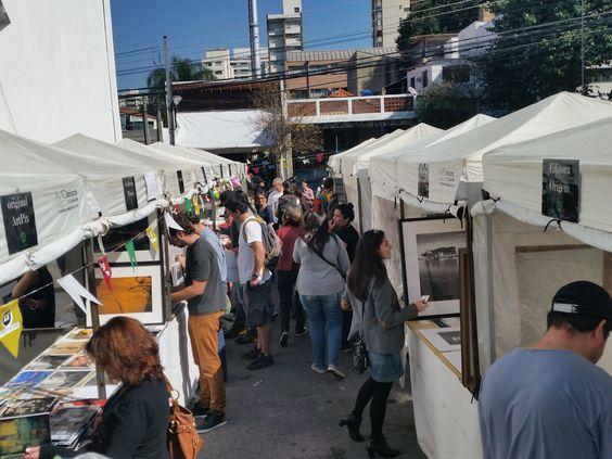 2ª edição da Foto Feira Cavalete! Sábado, 19.9 na Vila Madalena! A Foto Feira Cavalete é um evento público para quem quer comprar fotografias com variedade de suportes e ótimos preços! Tudo de 30 a...
