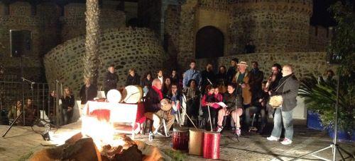 El sexitano Bº de San Miguel se llenó de villancicos con la familia Albalat