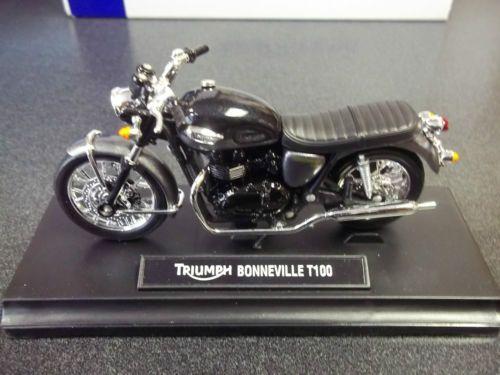 Triumph Bonneville T100 1 18 Scale Model New Motorcycle Phantom Black MMOA12125   eBay