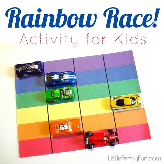 Rainbow activity for kids! SO easy to make and SO fun to play!! Fun for St. Patrick's Day, or for learning colors.