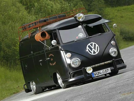Vw bus dream car garage pinterest for Garage volkswagen 92