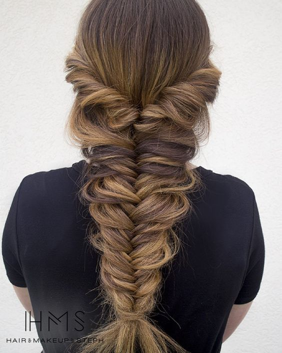 pretty braid -- loose fishtail with a twist // idea for Kim's wedding