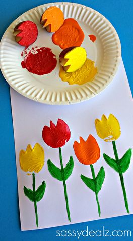Tulip Potato Printing Craft for Kids #Spring #Mothersday | CraftyMorning.com
