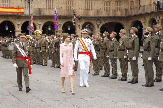 Queen Letizia Delivers Spanish Flag to pecialties Regiment of Engineers number 11