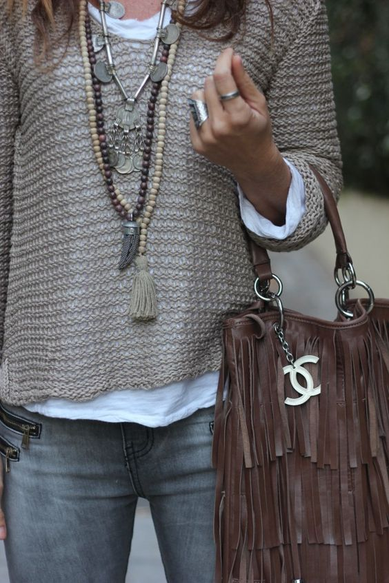 ❤❤❤ Beaded long pendant necklaces & silver pendant necklace with a taupe sweater, white t-shirt, grey skinny jeans, chocolate fringe handbag: